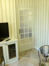 установка витражной двери