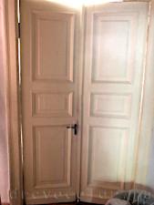 Старая дверь до реставрации