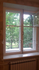Сталинское окно покрашено в белый цвет