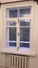 Сталинские окна после покраски и реставрации